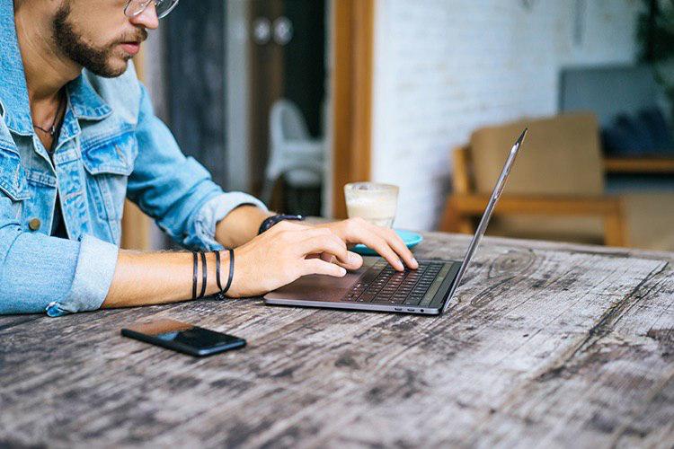 Guia per escriure un email formal en anglès