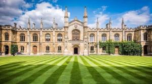 cambridge-university-photo-AC-Languages